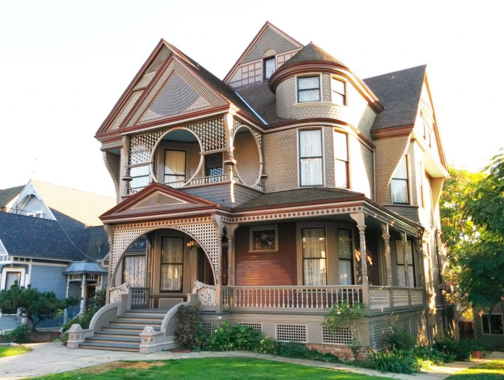 carroll avenue victorian house crazy windows