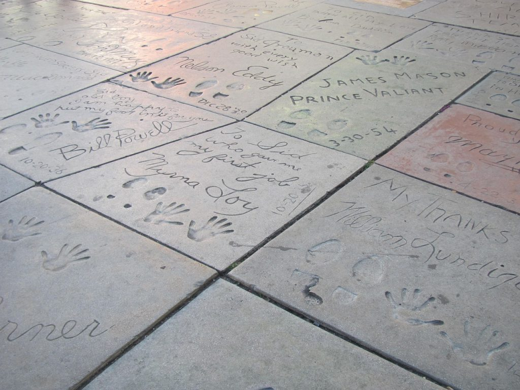 chinese theater sidewalk handprints footprints celebrities