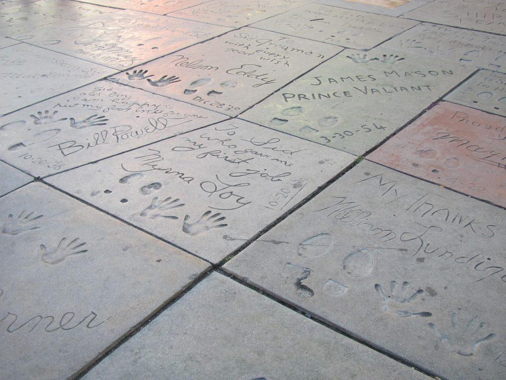 chinese theater sidewalk handprints footprints celebrities