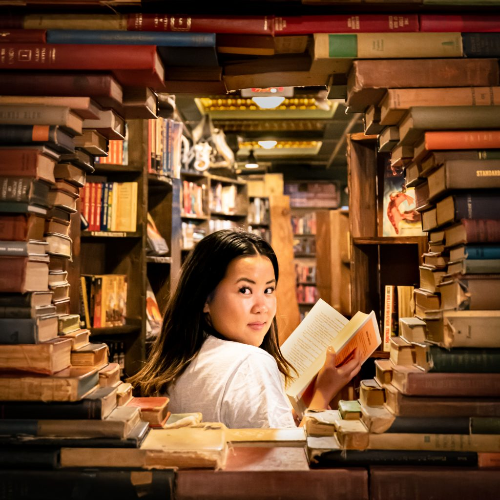 the last bookstore girl looking la los angeles dtla