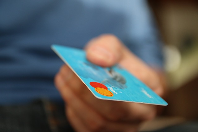 money shopping credit card
