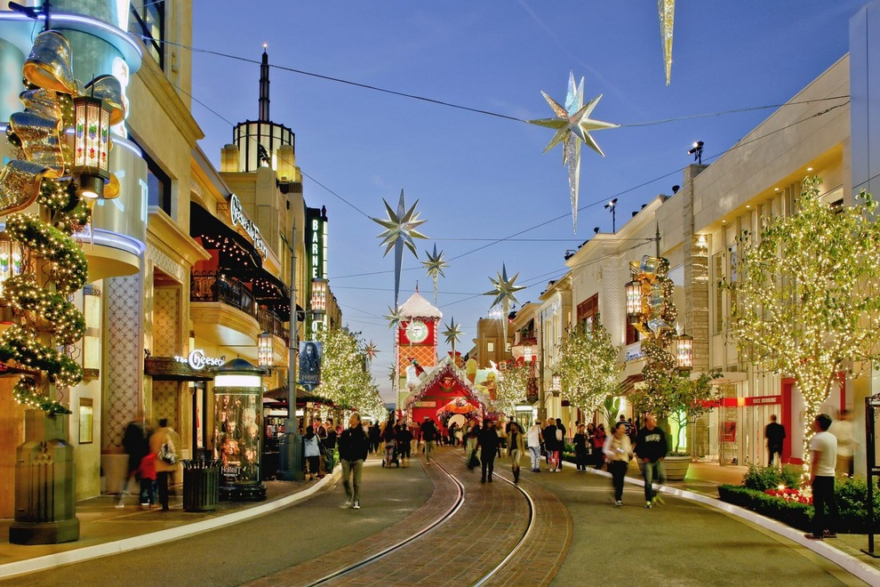 Shop near Beverly Hills: The Grove