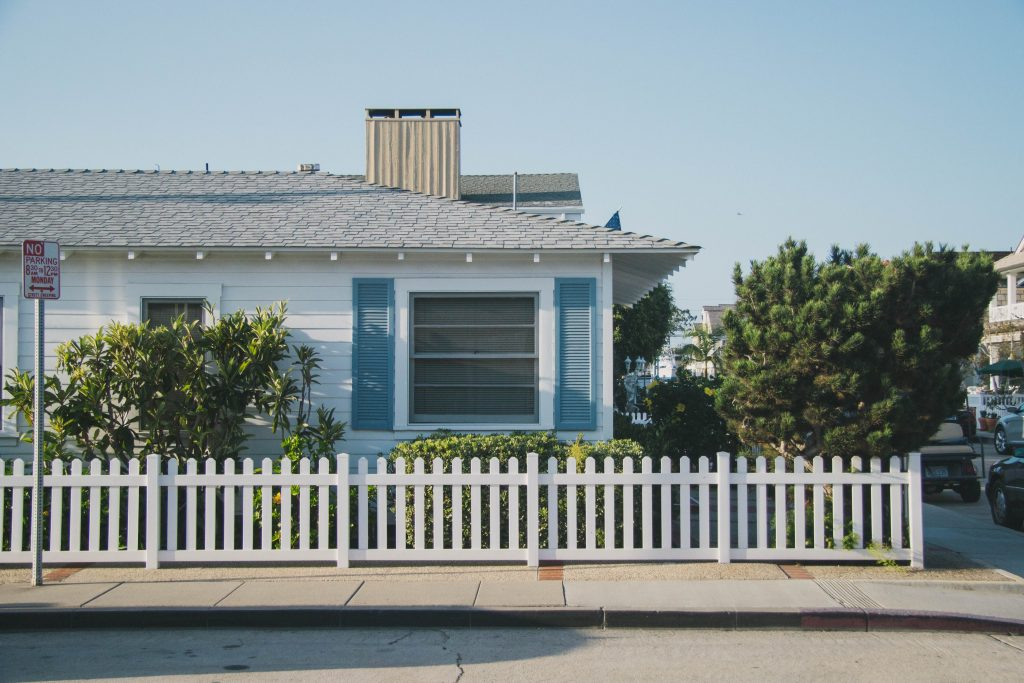 newport balboa beach house blue island