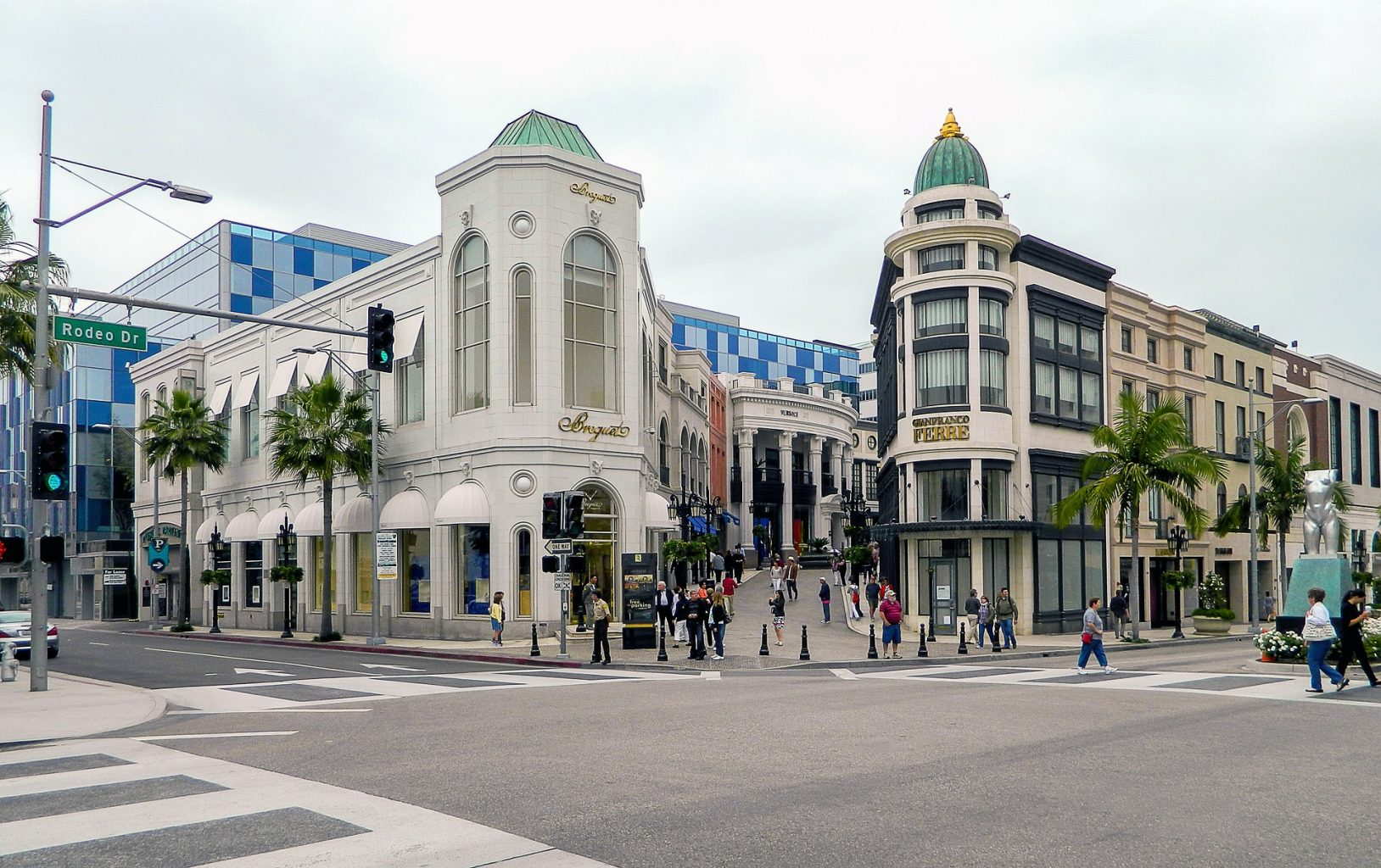 rodeo drive exterior
