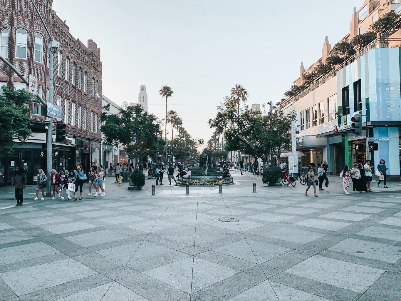 downtown santa monica third street promenade