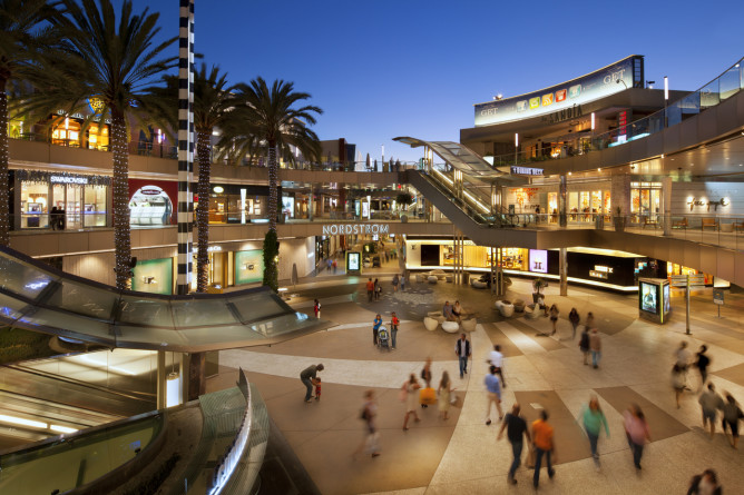 santa monica place shopping center mall third street promenade