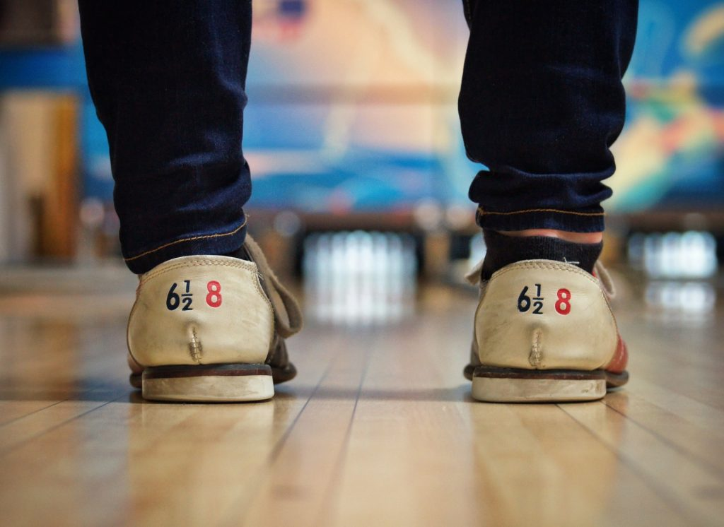 Shatto 39 Lanes bowling koreatown bar drinks shoes