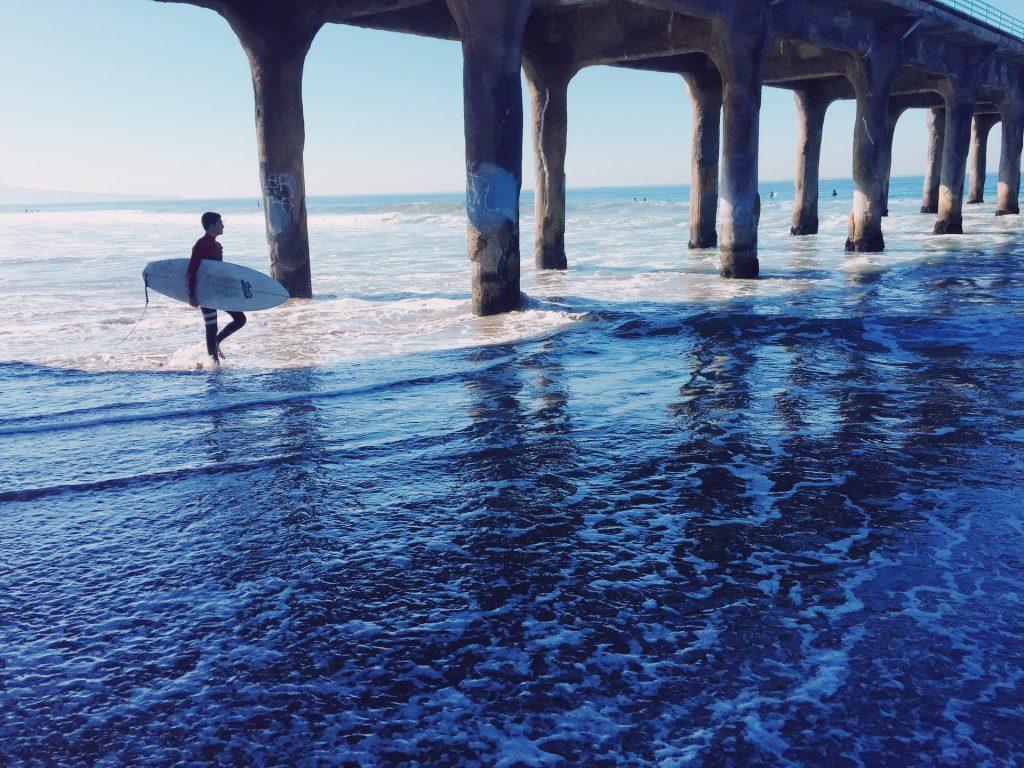 surfer manhattan beach surfing columns example photo picture