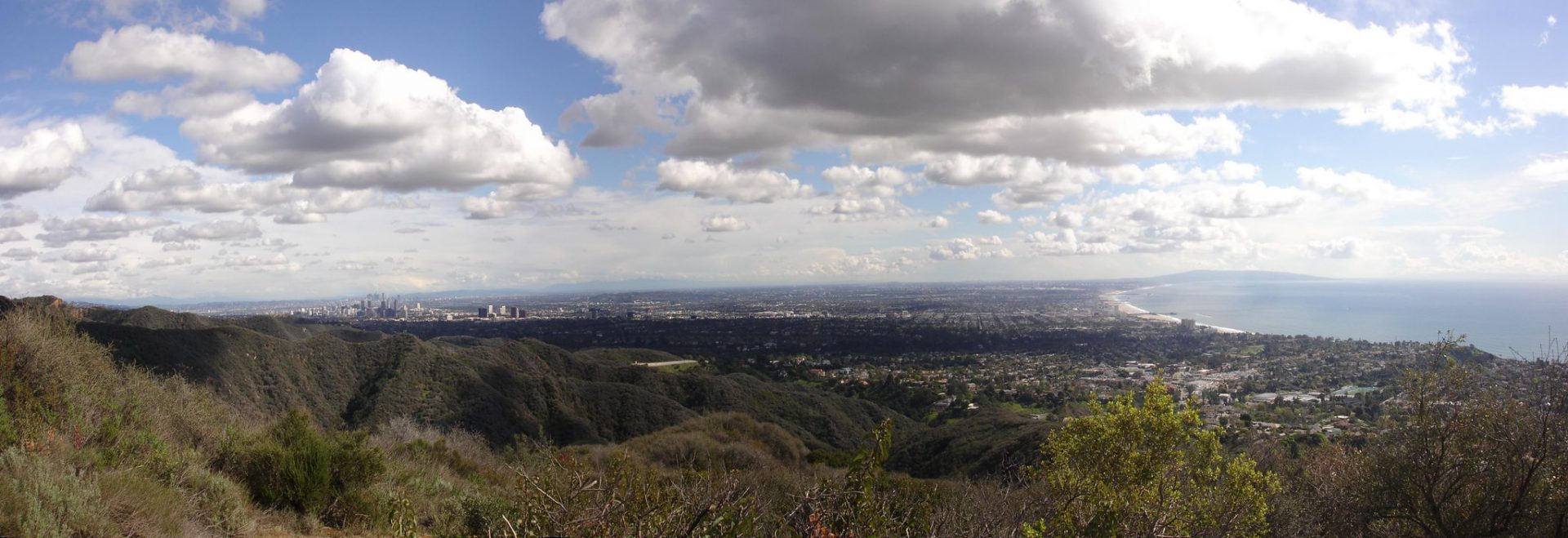 temescal canyon trail hike view