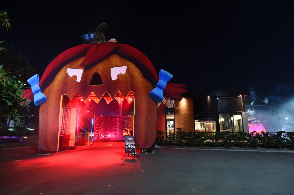 wendys scary halloween haunted house drive through