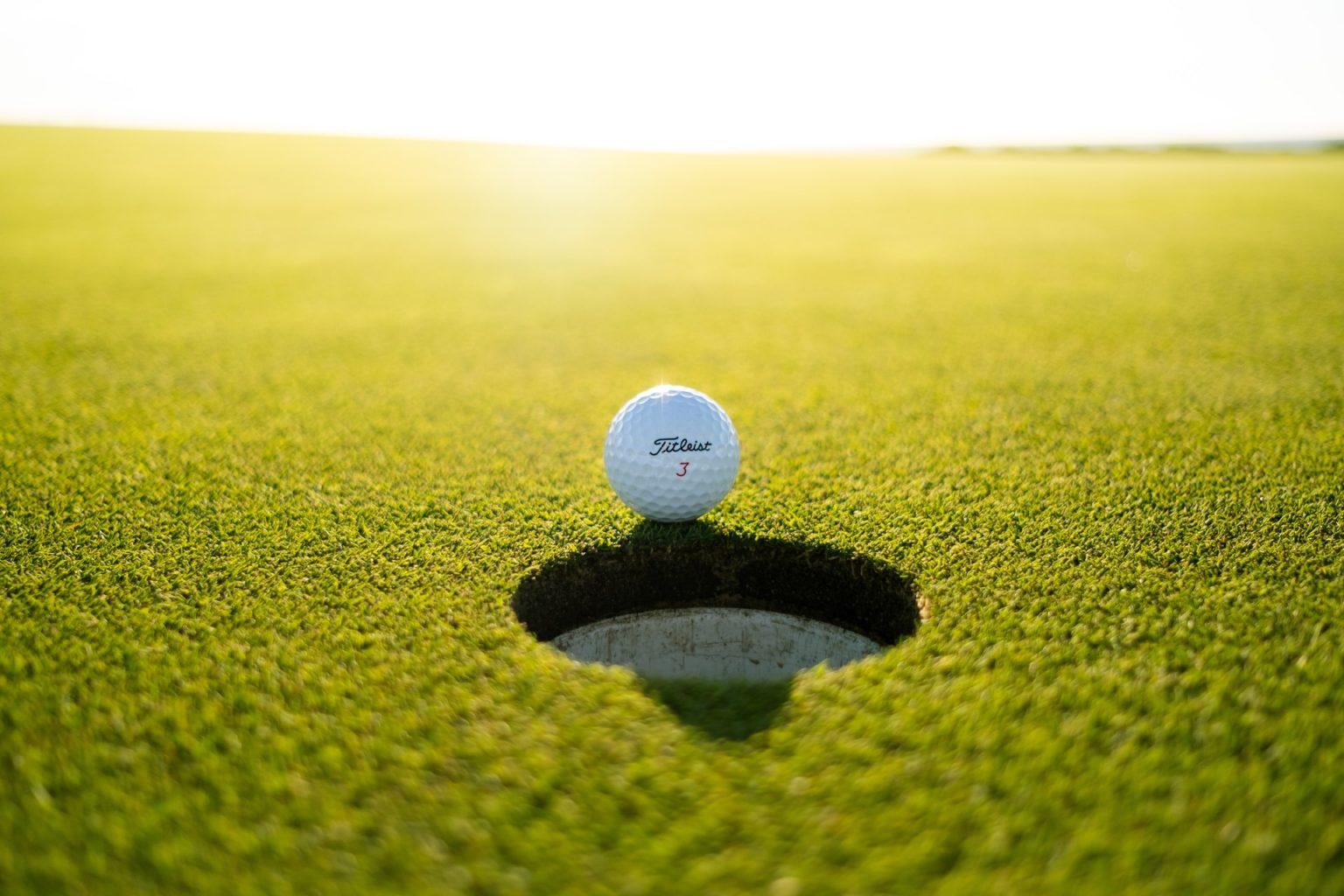 los verdes golf course titlelist palos