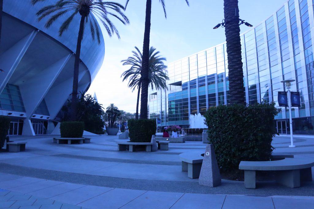 anaheim convention center exterior courtyard